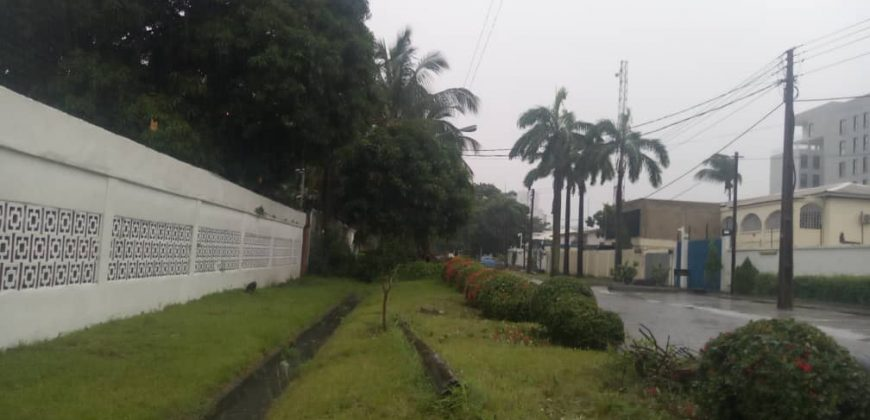 Detached Duplex with 2 Rear Buildings and Spacious Compound