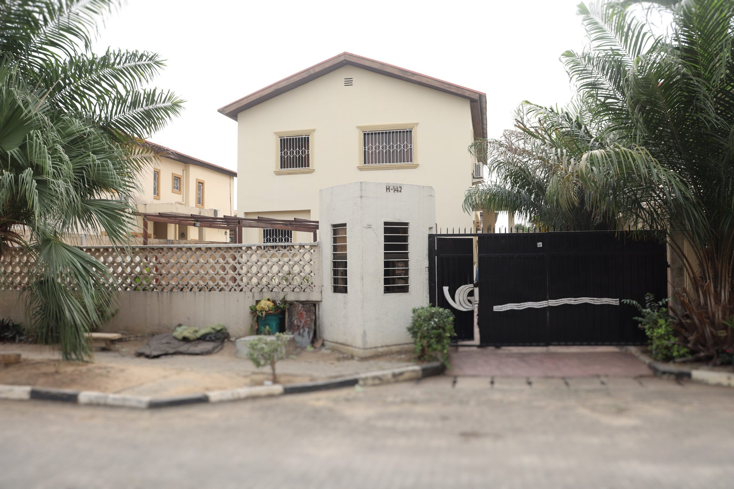 Furnished 4 Bedroom Duplex with 2 Room Bq @ VGC